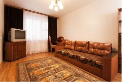 Kamennaya Gorka subway station, 3-three-bedroom apartment for rent in Minsk, Kamennogorskaya Street, house number 32