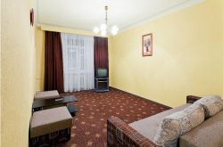 Ploschad Lenina subway station, 2-two-bedroom apartment for rent in Minsk, Myasnikov street, house number 78