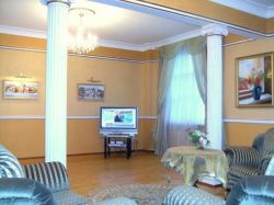 Oktyabrskaya Subway station, 3-three-bedroom apartment for rent in Minsk, Nezavisimosti Avenue, House number 22