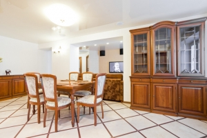 Frunzenskaya subway station, 4-bedroom apartment for rent in Minsk, Maxima Tanka Street house number  16