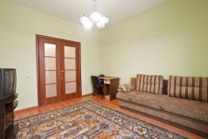 Ploschad Pobedy subway station , 2-two-bedroom apartment  for rent in Minsk, Kozlova street , house nember 5