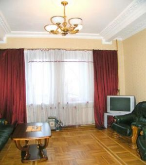 Ploschad Lenina subway station, 2-two-bedroom apartment for rent in Minsk, Kirova Street, house number 6