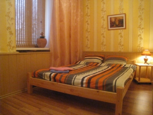 Park Chelyuskintsev subway station, 2-two-bedroom apartment for rent in Minsk, Tolbukhina street,  house number 5