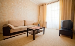 Oktyabrskaya subway station, 2-two-bedroom apartment for rent in Minsk, Nezavisimosci avenue, house number 23