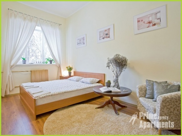 Lenina square subway station, 1-one-bedroom apartment for rent in Minsk, Karla Marxa street, house number  21 A