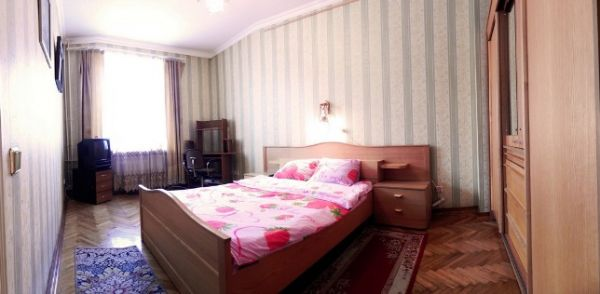 Oktyabrskaya subway station, 2-two-bedroom apartment for rent in Minsk, Nezavisimosci avenue, house number 16