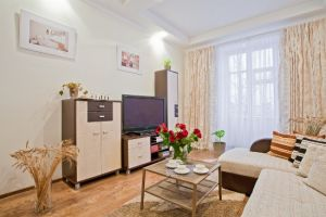 Lenin Square Subway station, 2-two-bedroom apartment for rent in Minsk, Kirova Street, house number 2