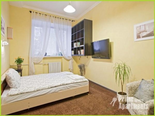 Станция метро площадь Независимости 1-однокомнтаная vip квартира посуточно в Минске улица Карла Маркса дом 21 А