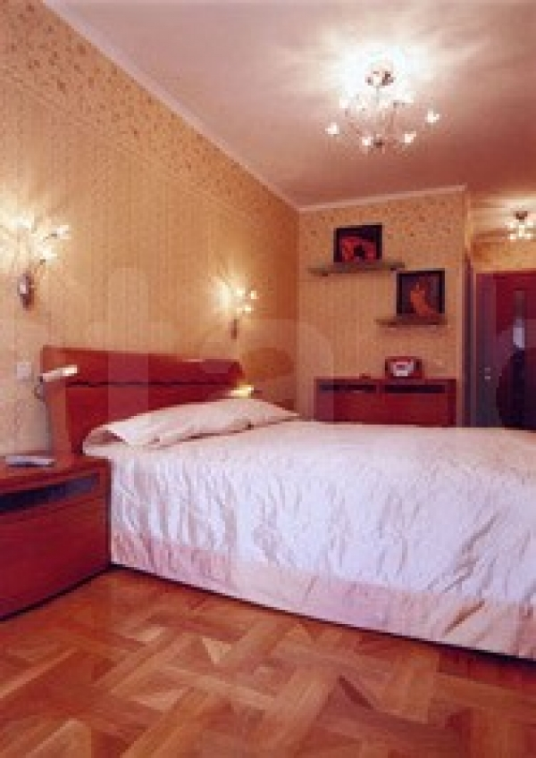 Nemiga subway station, 1-one-bedroom apartment for rent in Minsk, Internacionalnaya street,  house number 17
