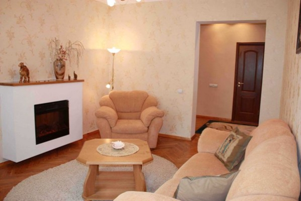 Plowad Yakuba Kolasa subway station, 2-two-bedroom apartment for rent in Minsk, Krasnozvezdnaya street,  house number 1