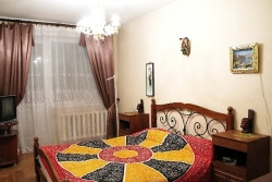 Academy of Sciences subway station, 3- three -bedroom apartment for rent in Minsk, Nekrasova Street House number 29