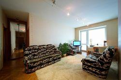 Станция метро Парк Челюскинцев, квартира на сутки, трёхкомнатная квартира в Минске, проспект Независимости, дом 89