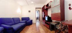 Plowad Yakuba Kolasa subway station, 2-two-bedroom apartment for rent in Minsk, Nezavisimosci avenue,  house number 48a