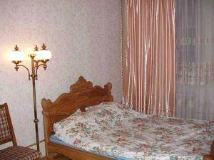 Oktyabrskaya Subway station, 4-four-bedroom apartment for rent in Minsk, Komsomolskaya street, house number 26