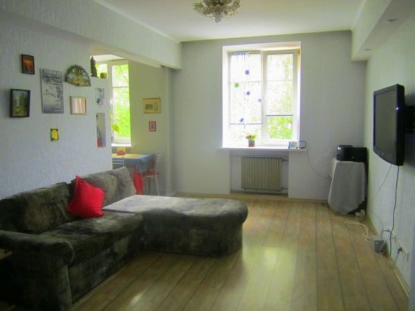 lowad Yakuba Kolasa subway station, 2-two-bedroom apartment for rent in Minsk, Yakuba Kolasa  street,  house number 31