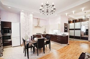 Lenina Square Subway station, 4-four-bedroom apartment for rent in Minsk, Nezavisimosti Avenue, house number 12