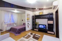 Станция метро Малиновка, квартира-студия на сутки, однокомнатная квартира в Минске, улица Есенина, дом 40